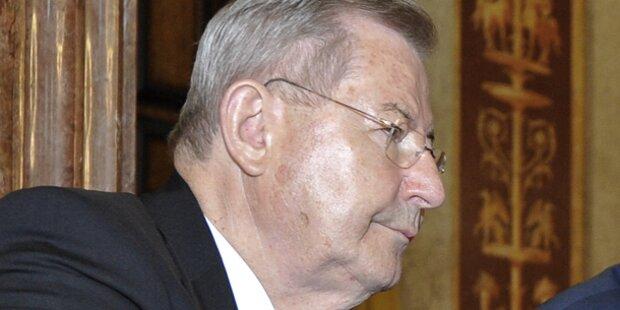 Ex-Top-Banker aus dem Koma erwacht