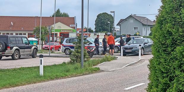 Moped-Lenker (18) raste der Polizei davon