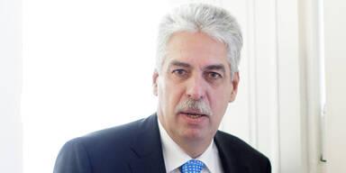 Schelling glaubt an Griechen-Lösung