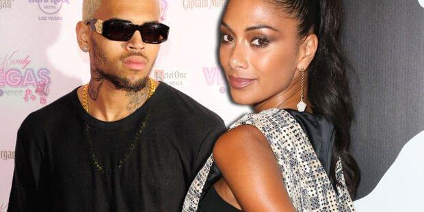 Scherzinger knutscht mit Chris Brown fremd