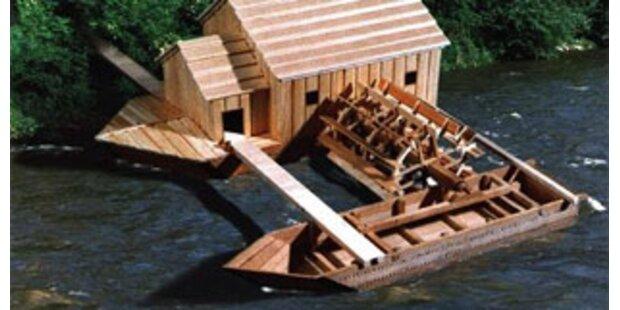 Gesunkene Schiffmühle in Orth/Donau geborgen