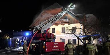 Großbrand: Wirtshaus in Flammen