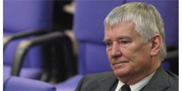 Ex-Minister Schily muss Ordnungsgeld zahlen