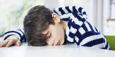 So viel Schlaf braucht Ihr Kind