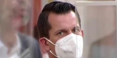 Wolfgang Mückstein mit Maske