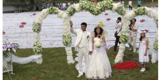 Braut mit 2,2 km langer Schleppe