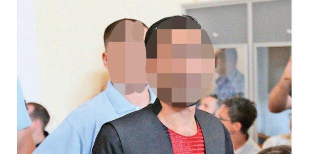 A4-Drama: Schlepper-Boss verhöhnt Opfer