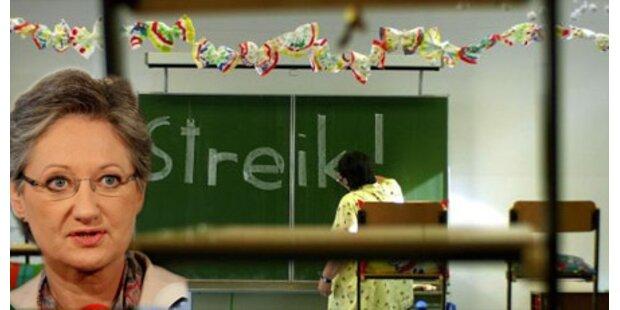 Lehrer gegen Schmieds Pensions-Pläne