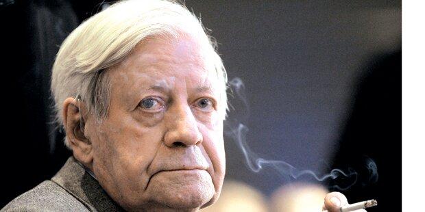 Nazi-Vorwürfe gegen Alt-Kanzler Schmidt