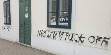 Schmier-Attacke auf VP-Zentrale in Heimatbezirk von Kurz
