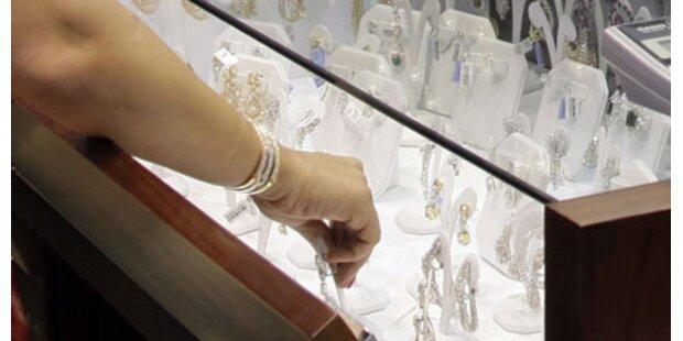 Trickdiebe überrumpeln Juwelier