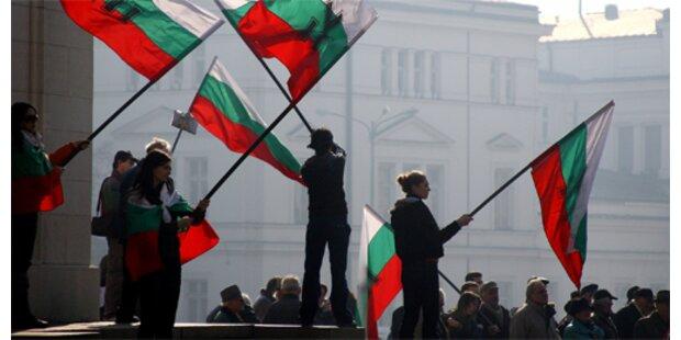 Schnapsbrenner protestieren gegen EU-Abgabe