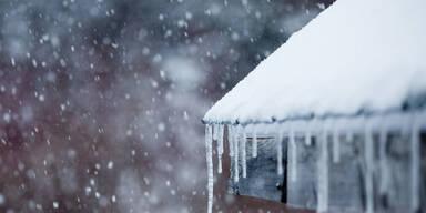 Elfjähriger erstickt in einer Schneewehe