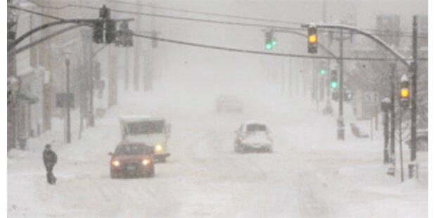 USA leiden unter Schneesturm und Flutwelle