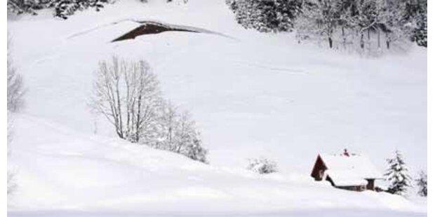 Neuschnee und Lawinengefahr in Tirol