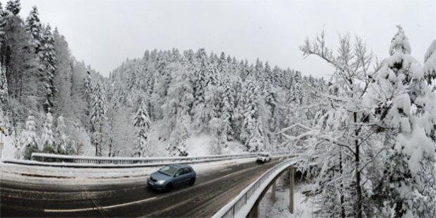 Vorarlberg: Autolenker stürzte 10 Meter ab
