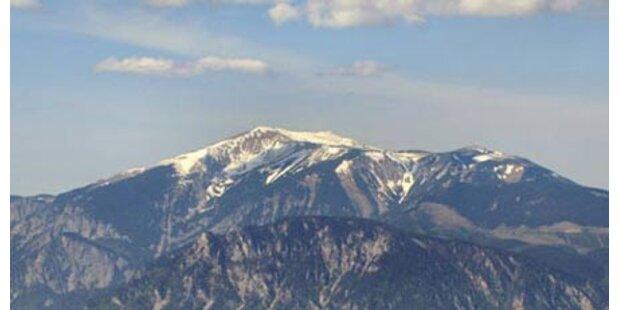 Vierjährige am Schneeberg abgestürzt