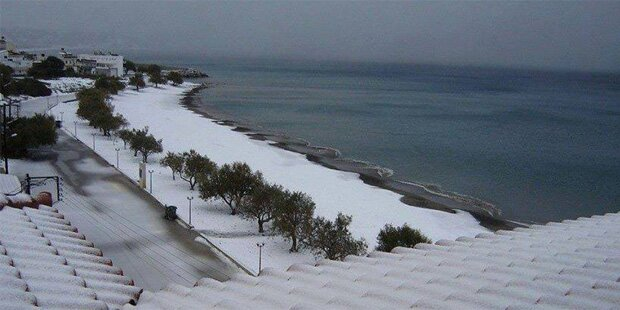Fast ein Meter Schnee in Griechenland
