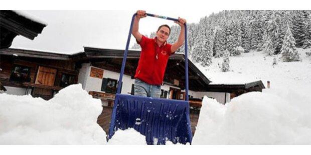 Der erste Schnee löst Winter-Chaos aus