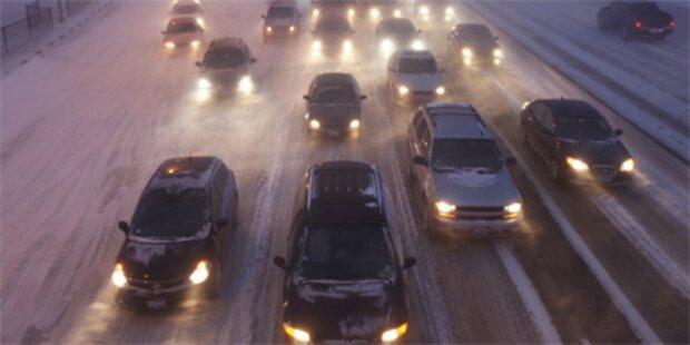Schneestürme stürzen USA ins Chaos