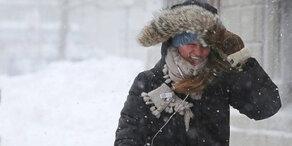 Wintereinbruch bringt Verkehrschaos