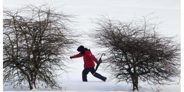 Wanderer übernachteten in Schneeloch