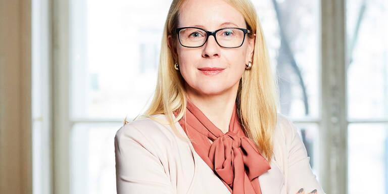 Margarete Schramböck im MADONNA-Talk