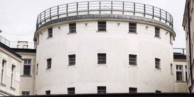 16-Jähriger erhängt sich in Schubhaft