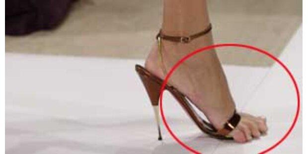 Schuh-Hoppalas bei DKNY und J. Mendel