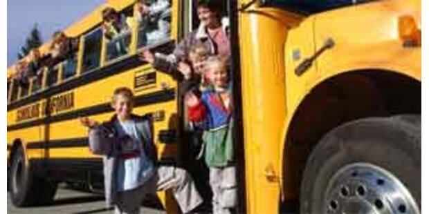 13 Verletzte bei Schulbus-Unfall in OÖ