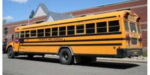 Mann schießt Schulbusfahrer nieder