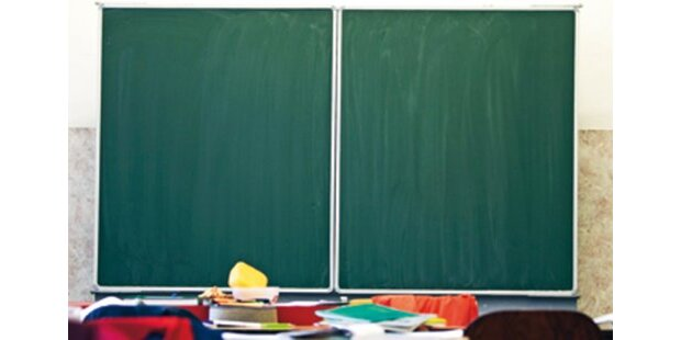 Lehrer verprügelt Schüler (12)