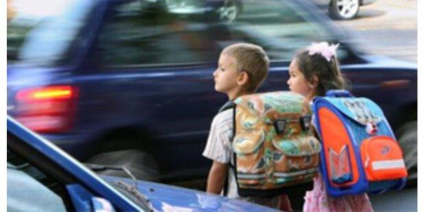 Aktion Schutzengel macht den Schulweg sicher