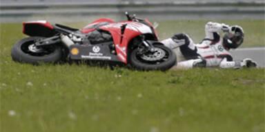 Schumi stürzt bei Motorrad-Meisterschaft
