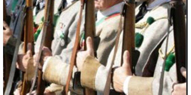 Tiroler Schützenobmann wegen Zuhälterei verurteilt