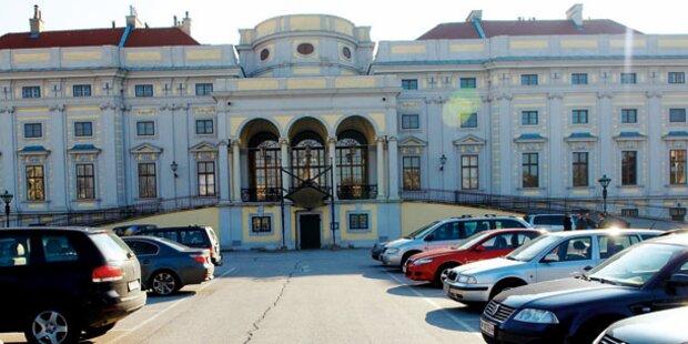 Hotel-Projekt: Al Jaber klagt Schwarzenberg