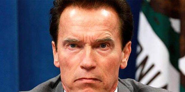 Arnie schickt Beamte in den Zwangsurlaub