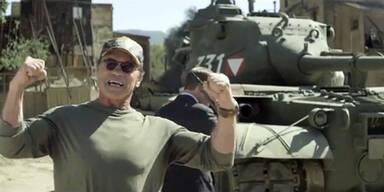 Mit Schwarzenegger im Panzer herumfahren