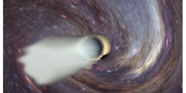 """Blick in den """"Auspuff"""" eines Schwarzen Lochs"""