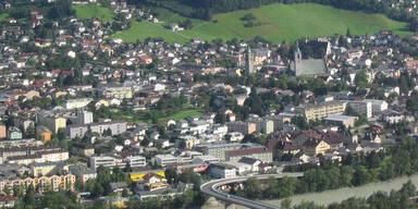 Mega-Run auf Corona-Impfung im Bezirk Schwaz