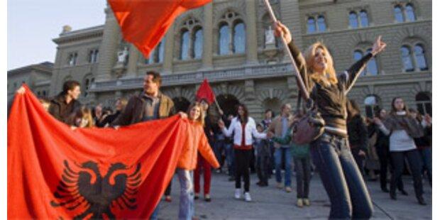 Schweiz erkennt Unabhängigkeit des Kosovo an