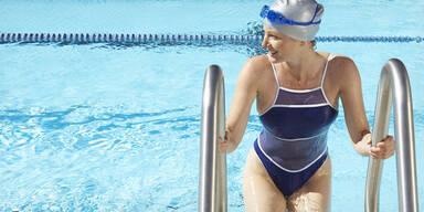 schwimmbad frau freibad