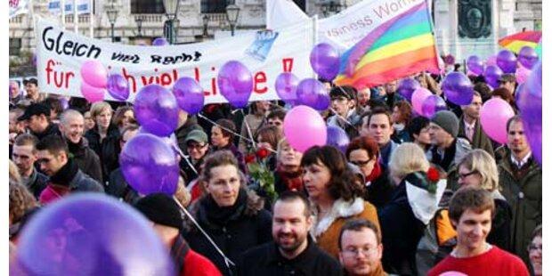 Kirche will Homo-Ehe stoppen