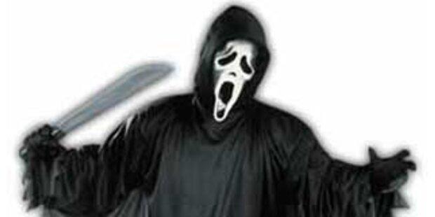 Männer während Horror-Films mit Messer verletzt