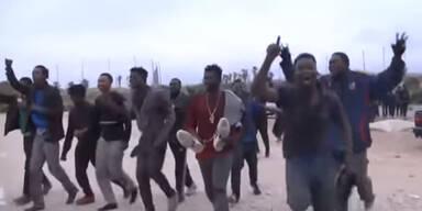 Etwa 100 Migranten stürmen EU-Grenzzaun Melilla