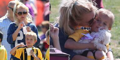Britney Spears zeigt Mama-Potenzial