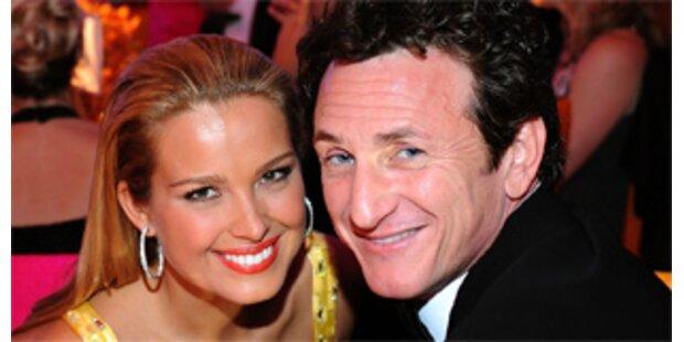 Sean Penn liebt Supermodel