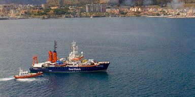 """NGO-Schiff """"Sea-Watch 4"""" im Hafen Palermos festgesetzt"""