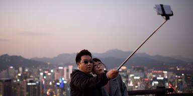 Drastische Strafen für Selfie-Sticks
