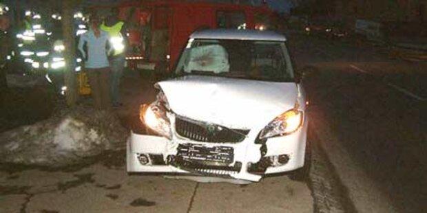 Fünf Omas bei Crash schwer verletzt